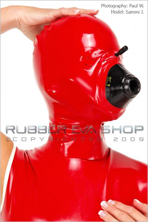 Rubber Anesthesia Hood With Pepper Pot Eyes