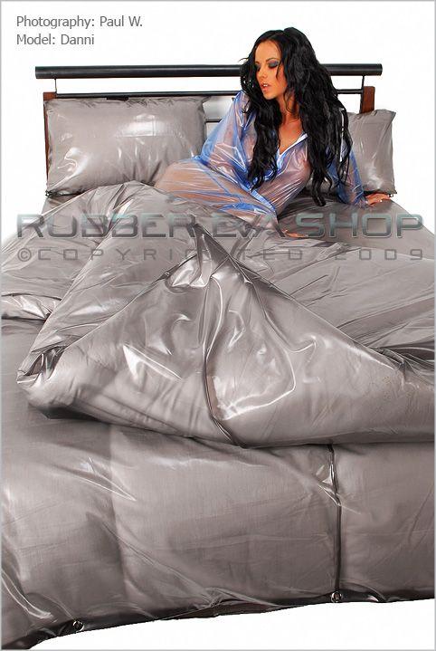 Plastic/PVC Bedding Set