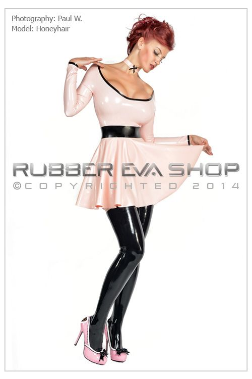 Short Rubber Circle Skirt