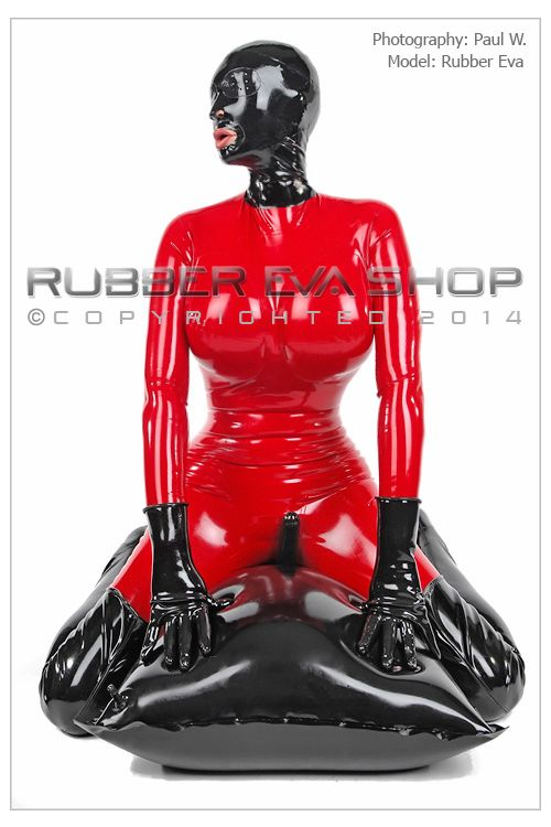 Rubber Super Fit Hood With Pepperpot Eyes