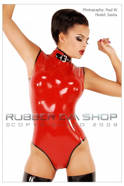Sleeveless Body with Breast Cups