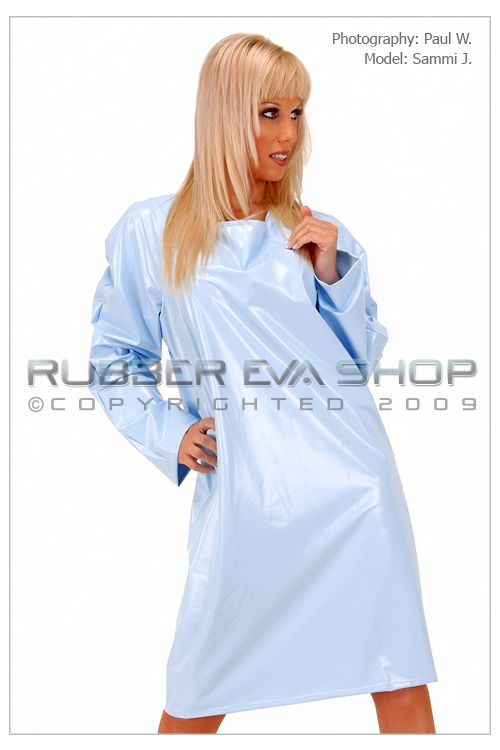 SHORT PLASTIC NIGHTIE